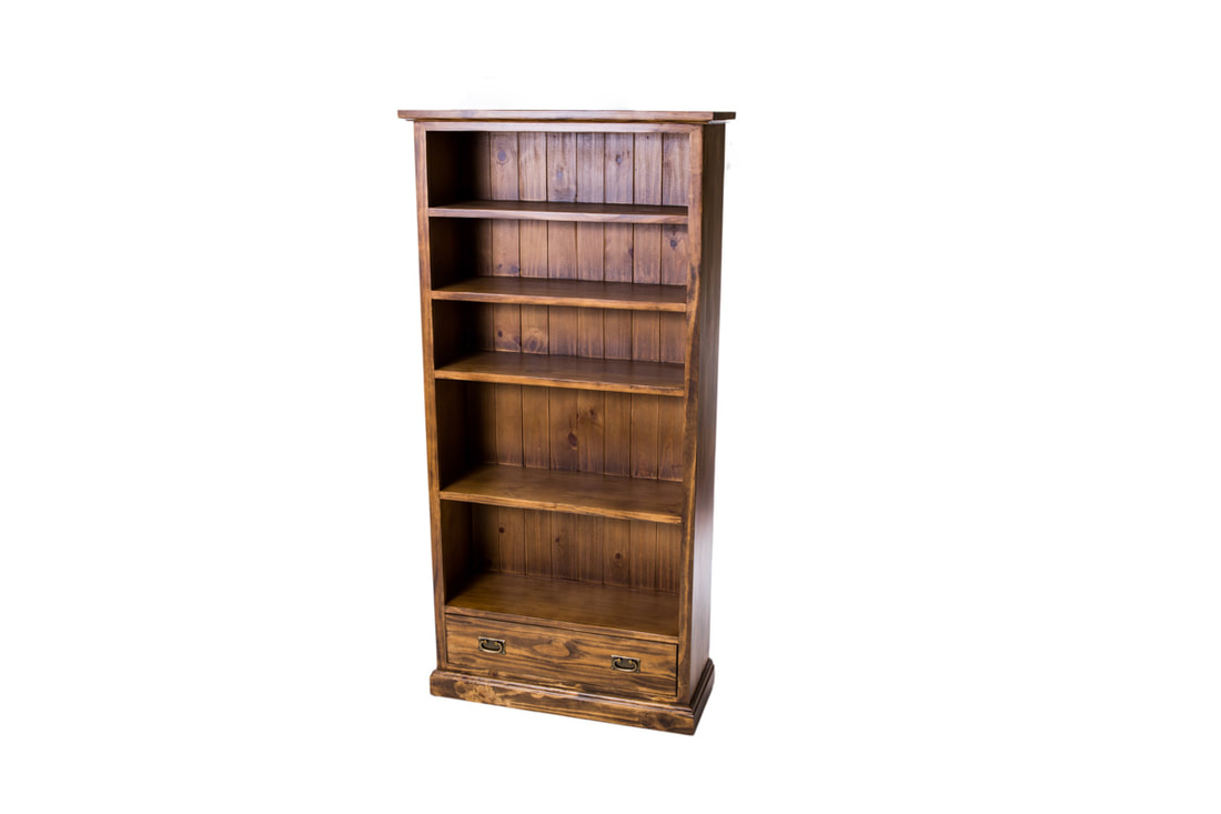 Queensland tall bookcase